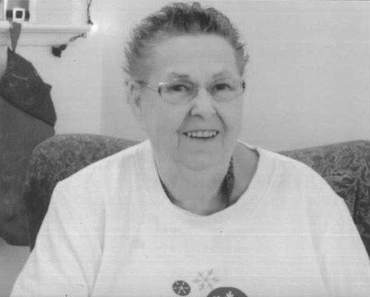 Phyllis Gillett BW