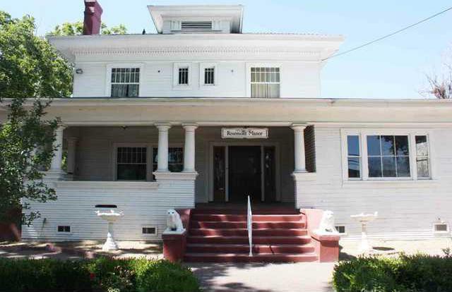 Rosemont Manor pic