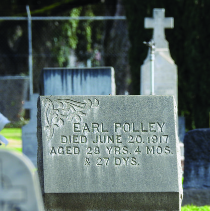 Earl Polley tombstone