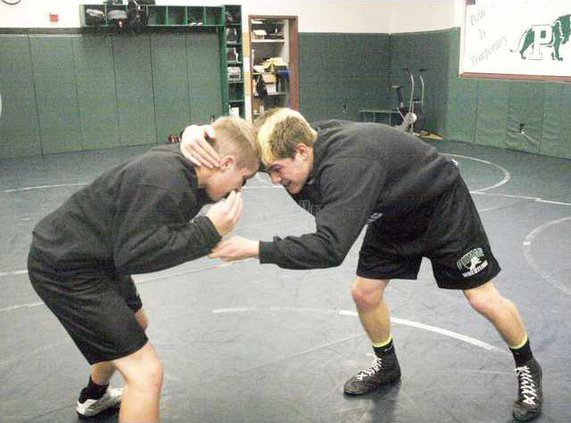 PHS wrestle