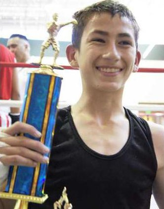 youth boxer pic