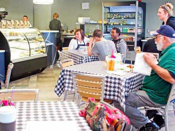 MUVA-Cafe-062313