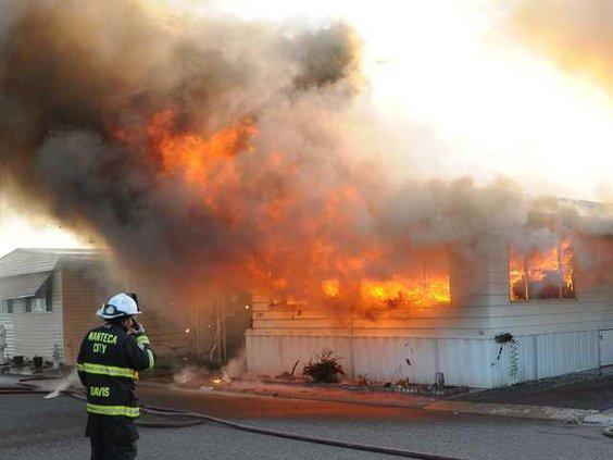 Mobilehome fire DSC 1260