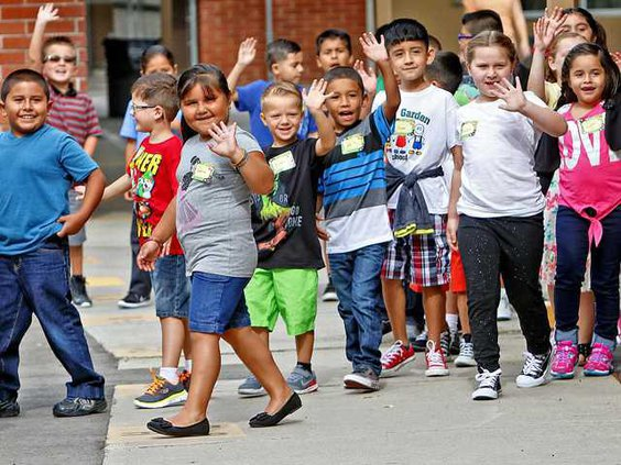 SCHOOL FIRST DAY1 8-7-15