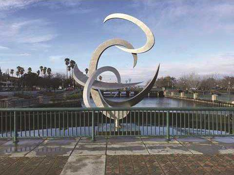 pic stockton sculpture 1 n copy