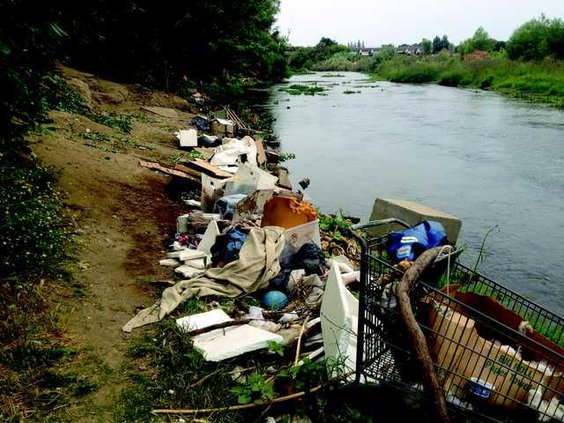 Tuo River before cleanup IMG 4611