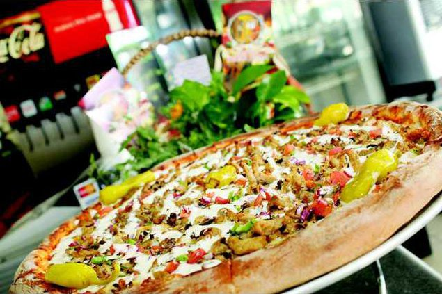 turlock  pizza copy