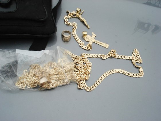 fake gold con