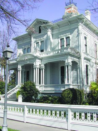 Mansion pix.jpg