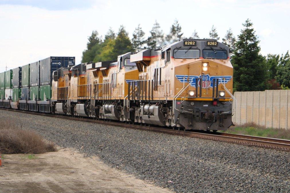 TRAIN HORNS: MORE RUMBLING - Manteca Bulletin