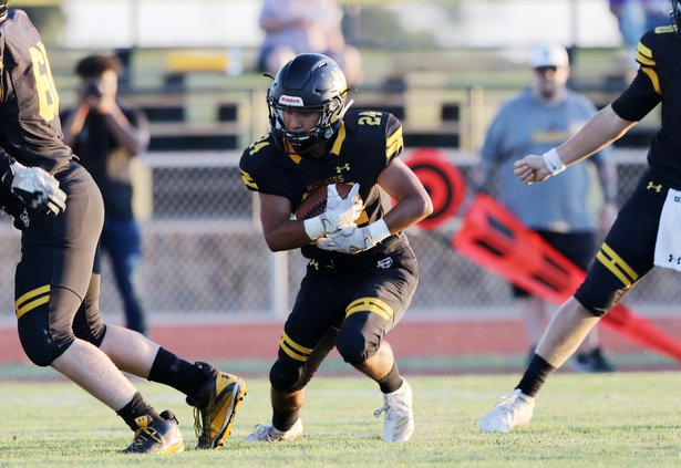 Hughson football1