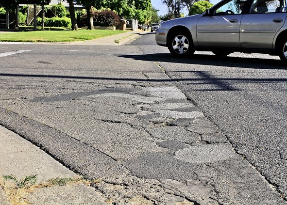 street cracks