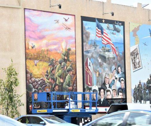 mural commuter