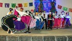 Dancers Dia