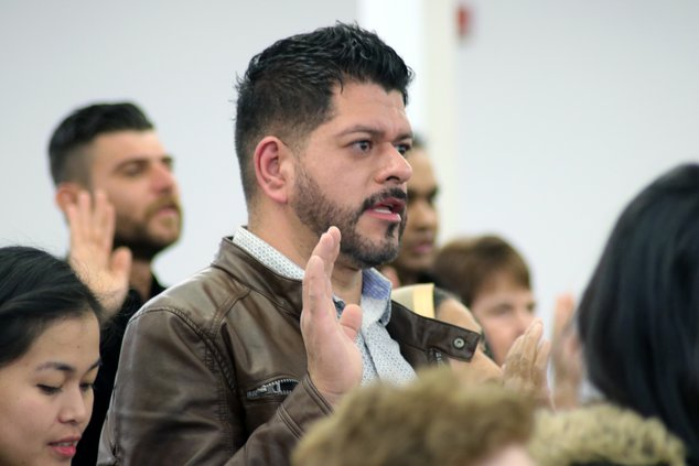 71 welcomed as new Americans - Ceres Courier