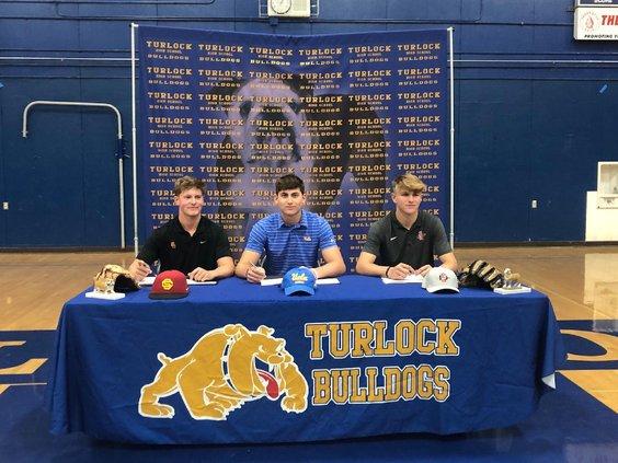 ths baseball signing