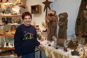Nativity lady 1