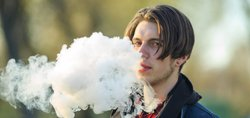 vaping teen